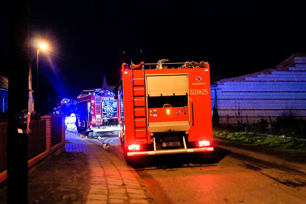 Pożar budynku gospodarczego w Błociszewie - 12.12.14r.