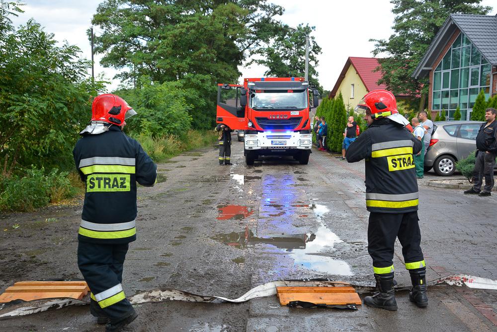Pożar kurnika - 26.06.18 r. / Michał Ratajczyk