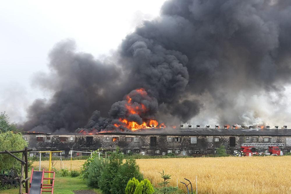 Pożar kurnika - 26.06.18 r. / internauta Grzegorz