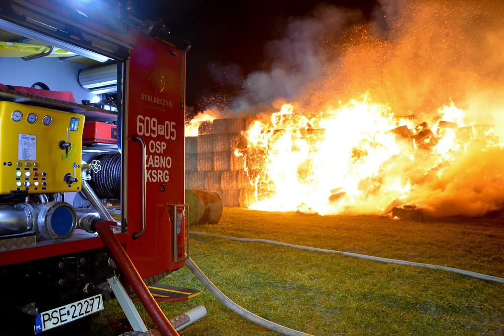 Pożar stogu - Manieczki - 21.02.18 r.