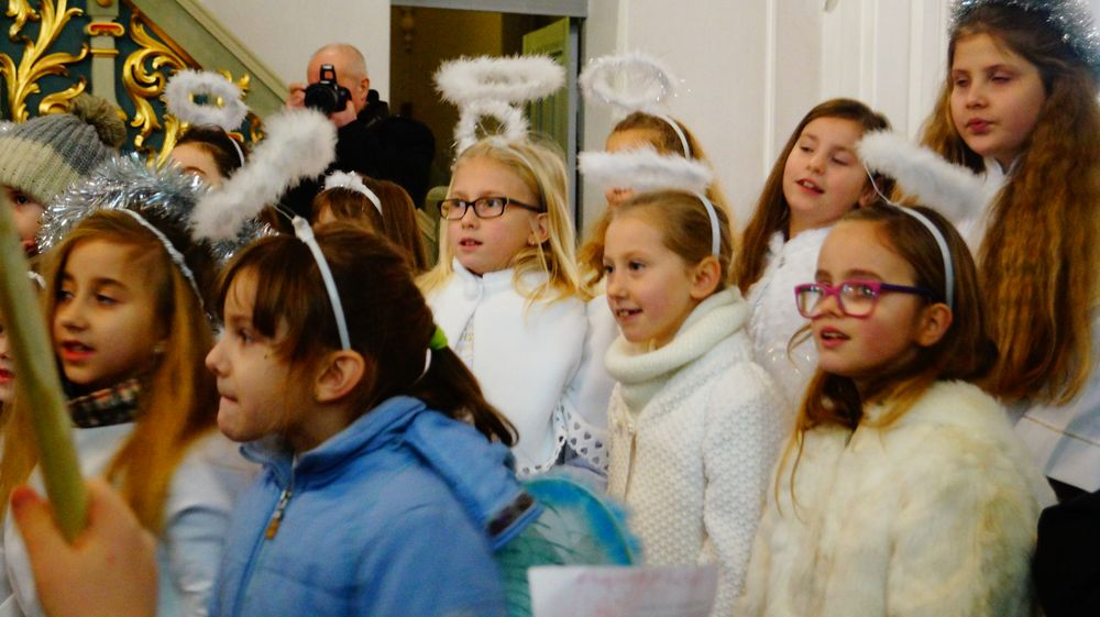 Świąteczne kolędowanie i rozstrzygnięcie konkursu na szopkę Bożonarodzeniową Wieszczczyn 26.12.2016